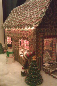 gingerbread house low